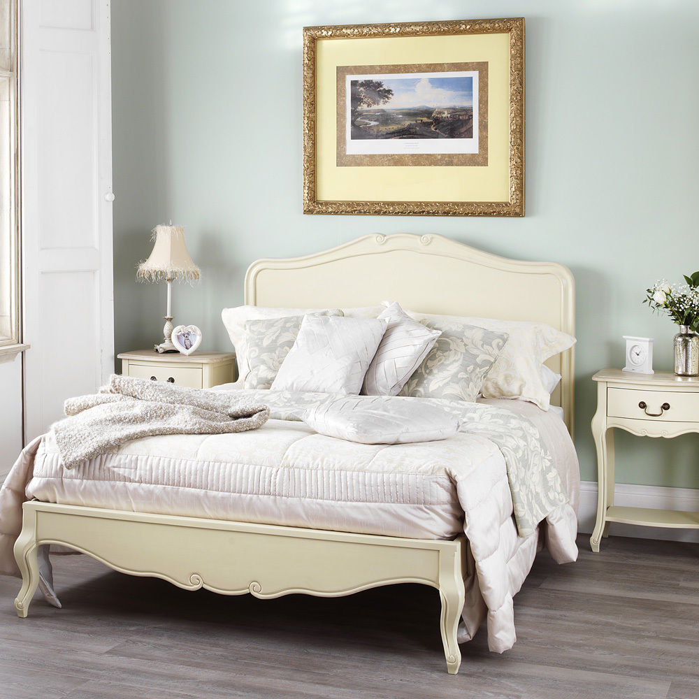 Rochelle Shabby Chic Champagne Painted 5ft King Size Bed With Wooden Headboard