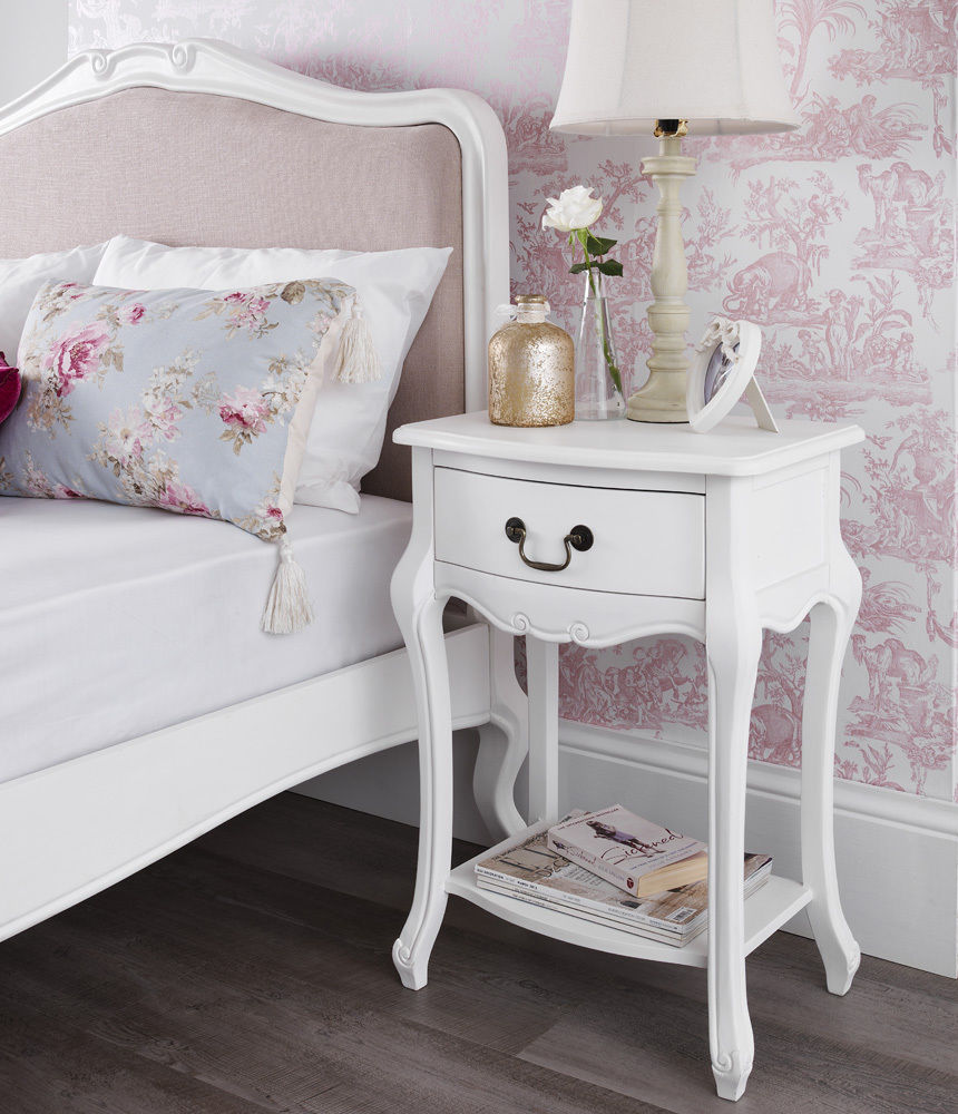 Rochelle shabby chic white painted one drawer bedside table for Shabby chic furniture